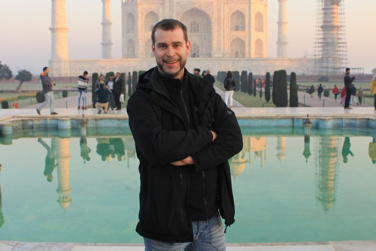 Taj Mahal at Sunrise in Agra - Indien passend zum Businesstrip