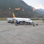 Die Bhutan Air in Paro